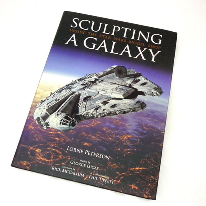 【中古】《書籍》古本 SCULPTING A GALAXY Inside the Star Wars Model Shop George Lucas (はしがき), Lorne Peterson  (著)出版社:Insight Editions【山城店】